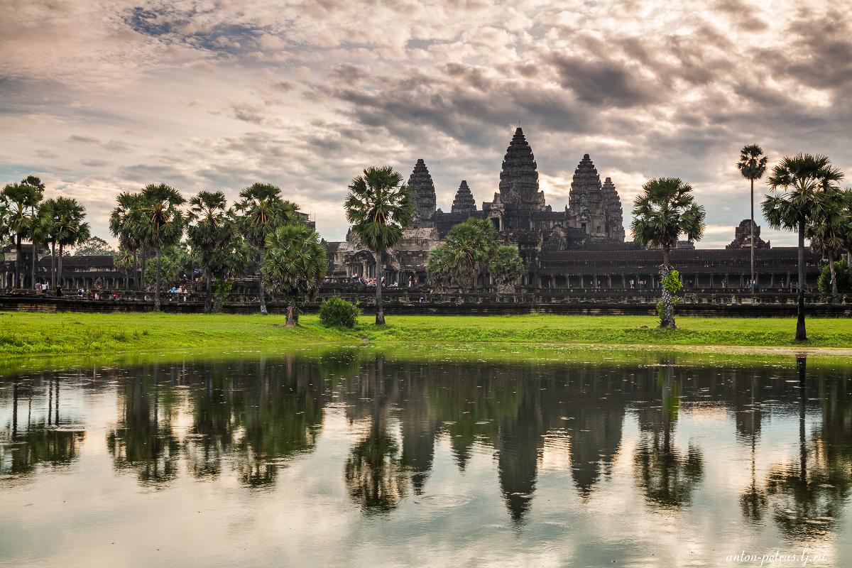 Эпичные рассветы у Ангкор Вата