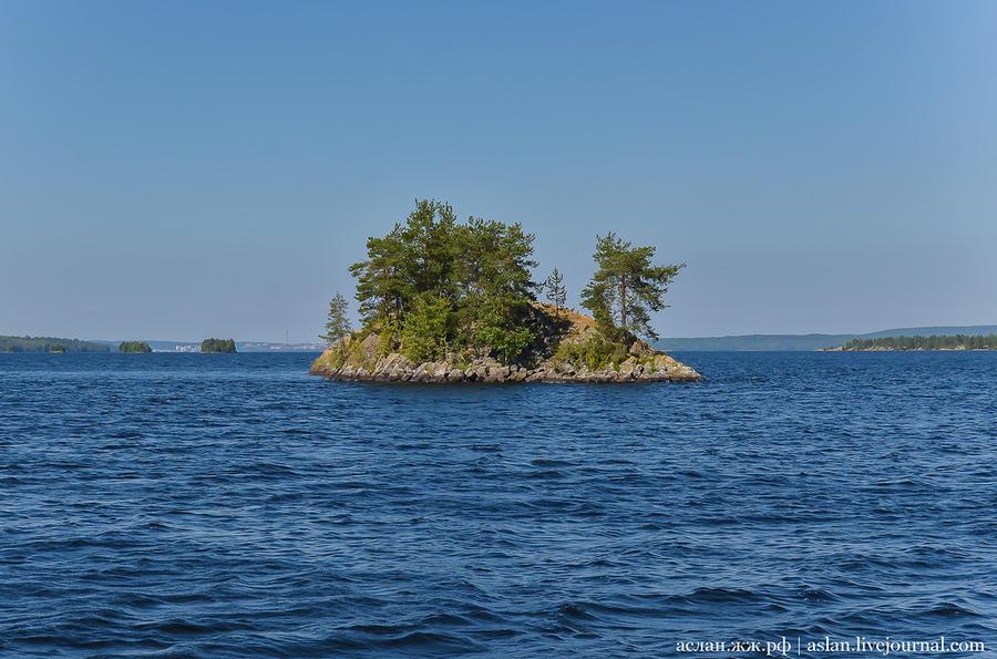 67. Последний островок на нашем пути к берегу.
