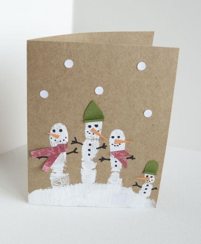 © scholastic  Семейку снеговиков идеально делать вместе сдетьми— даже самым маленьким понрав