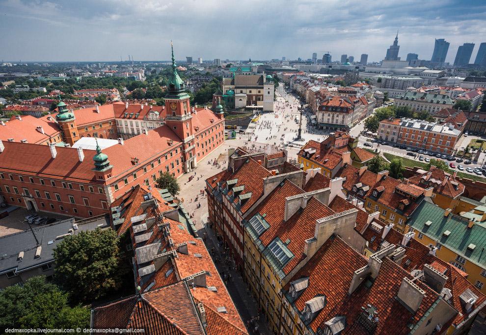 После Варшавы мы поехали в столицу Чехии . На Прагу у нас было очень мало времени, всего полтор