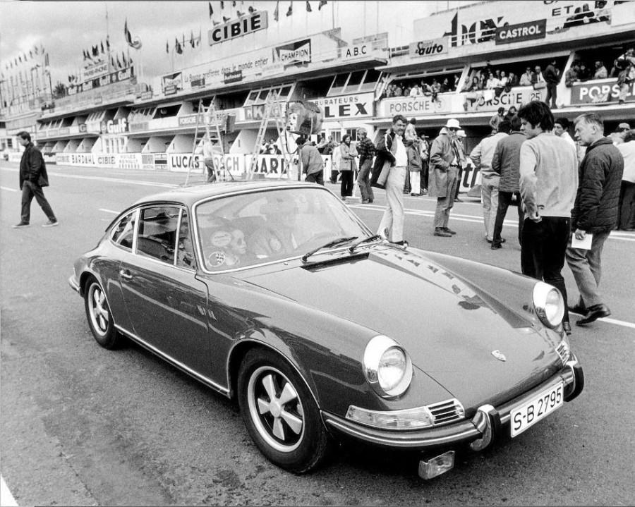 6. Это не первый автомобиль Маккуина, выставленный на аукцион. В 2011 году за сумму в 1,25 миллиона