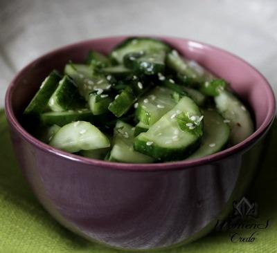Салат для похудания огуречный