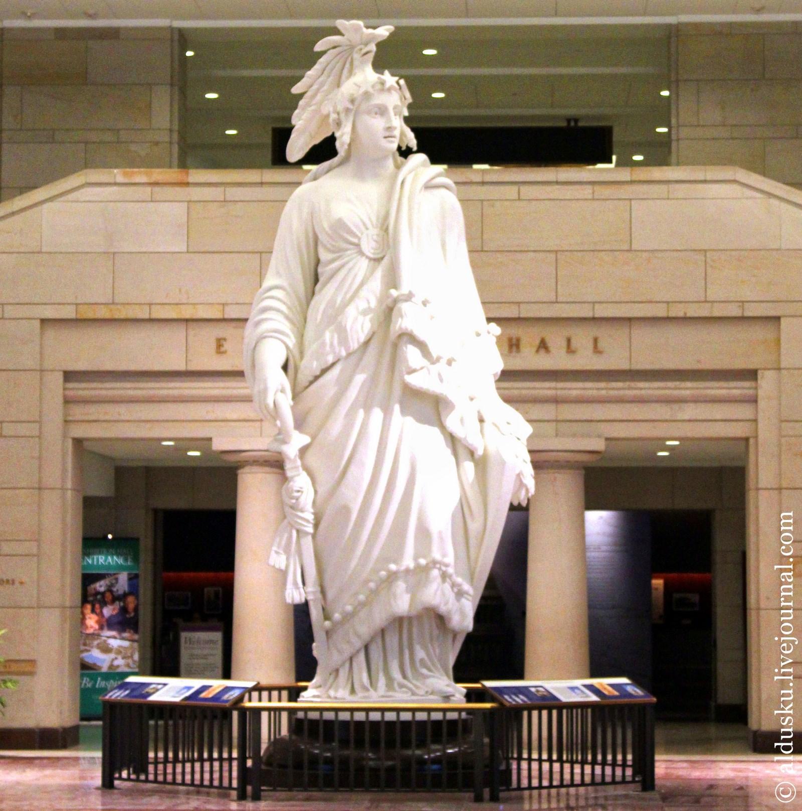 Гипсовая модель Статуи Свободы