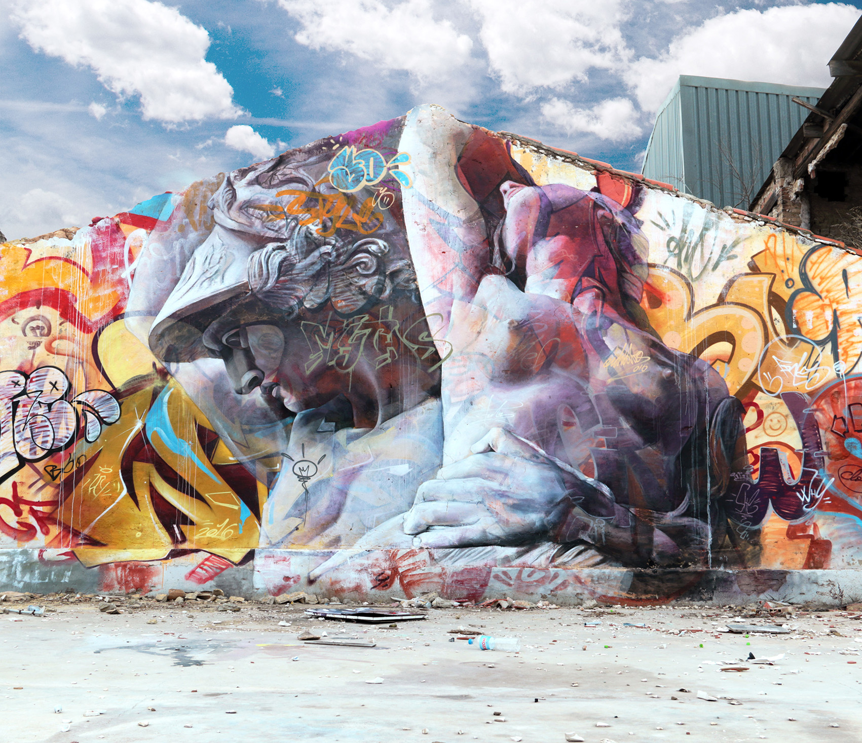 Mural in Valencia, image via Pichi & Avo