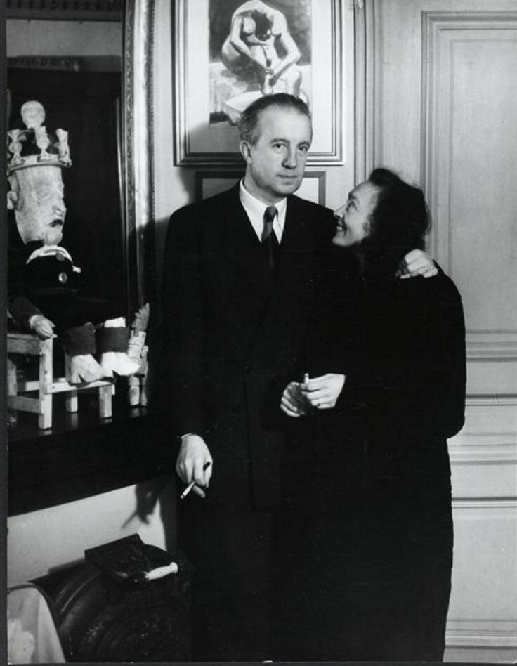 1945. Нюш и и Поль Элюар