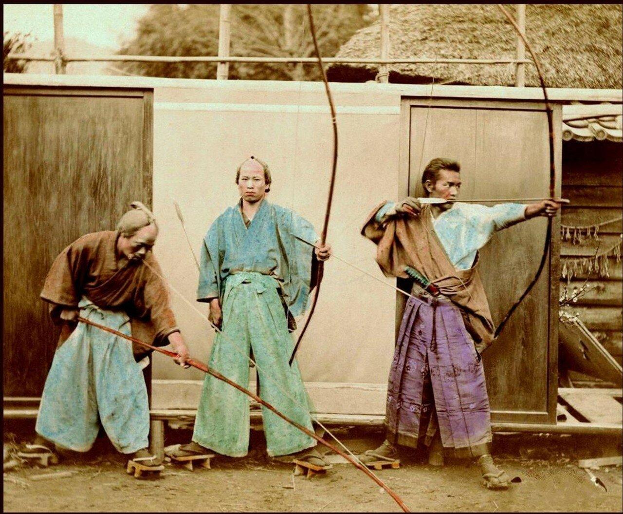 Три Лучника