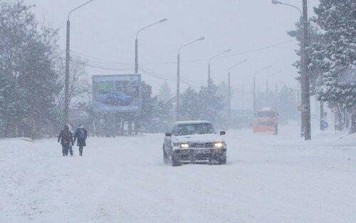 Несколько КПП закрыты из-за снегопадов имороза