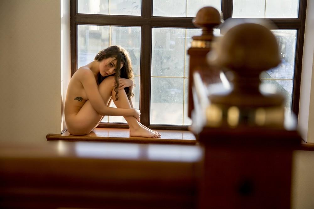 Обнаженные девушки на снимках Артема Чиркова