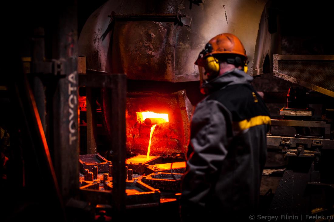 dfe1be409585 Причем в переработку завод принимает все известные источники сырья   первичное (концентраты платиновых металлов), вторичное (лом драгметаллов и  отходы ...