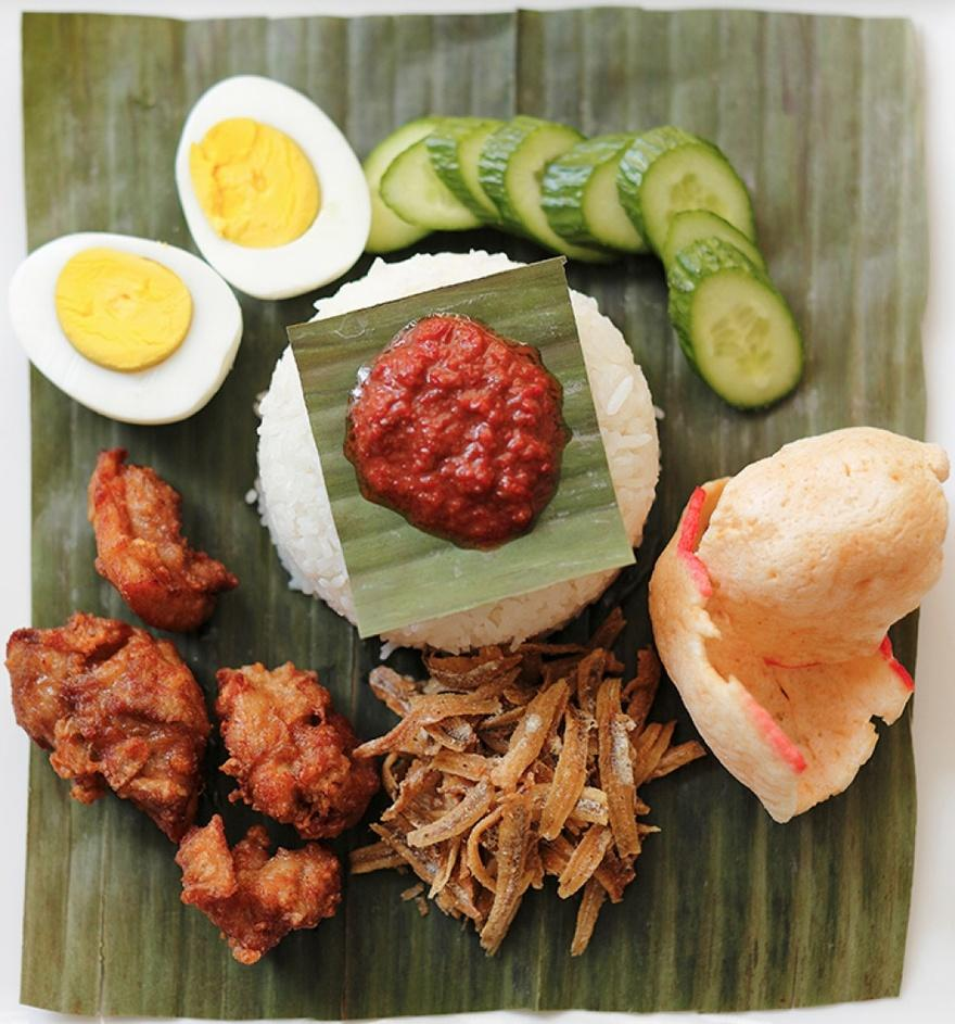 17. Малайзия В Малайзии популярно блюдо наси лемак – рис, приготовленный в кокосовом молоке, с добав