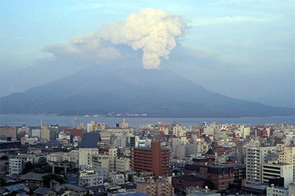 Японские ученые спрогнозировали следующее извержение вулкана Сакурадзима