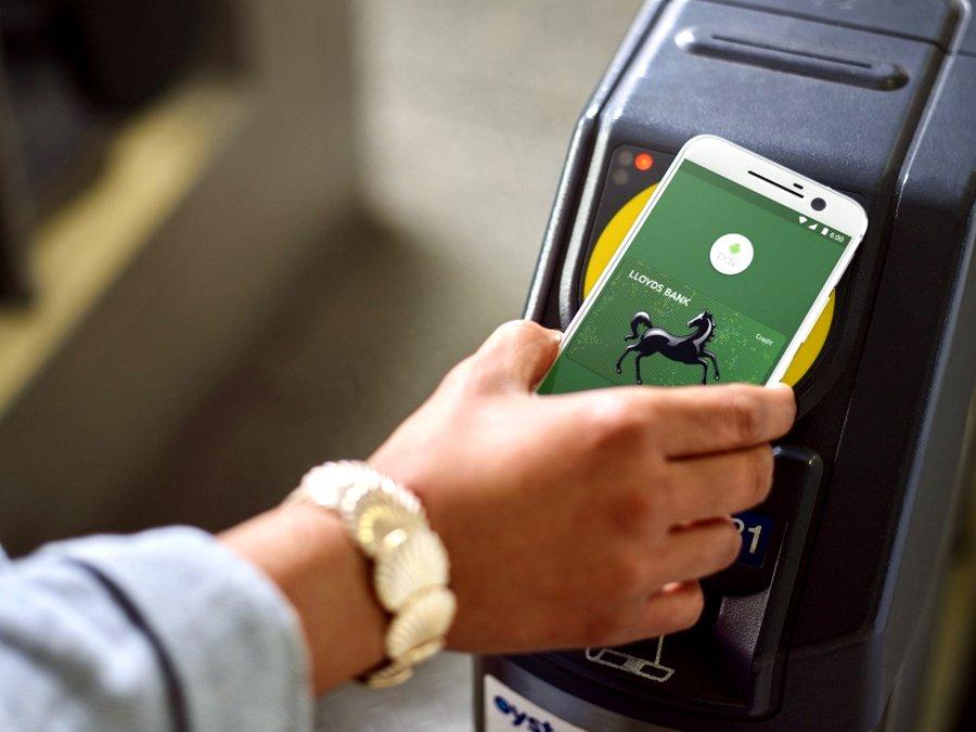 В 2017-ом в Российской Федерации начнет работать система андроид Pay