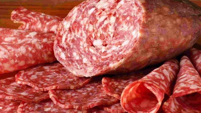 ВРеспублике Беларусь выпустили первую партию колбасы избобра