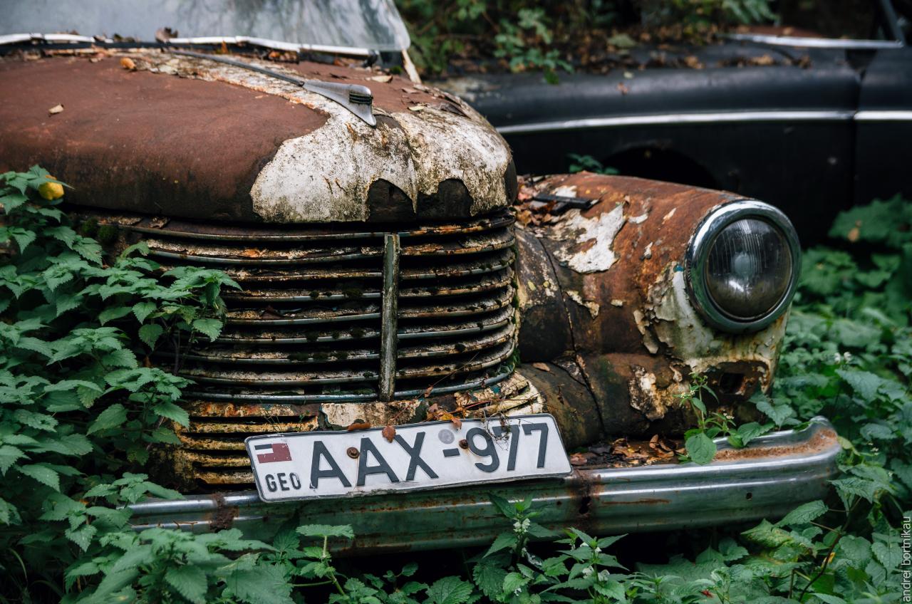 Opel Capitan, Кладбище автомобилей в Пасанаури, Грузия
