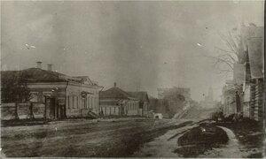 Никольская улица. Слева дом купцов Чистовых