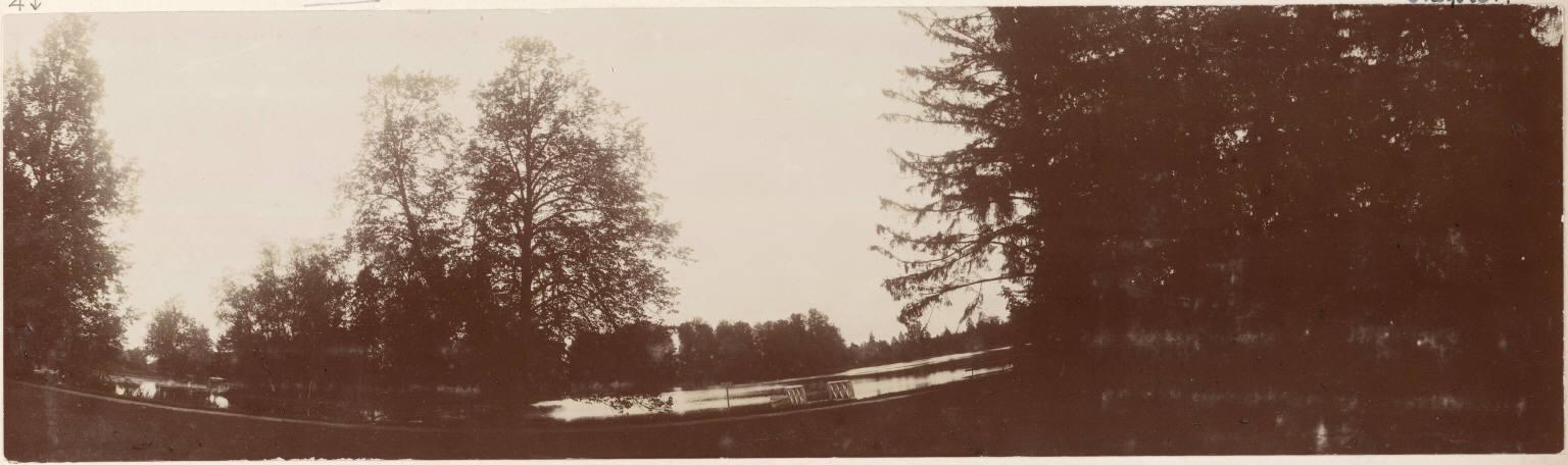 Панорама Ропшинского парка и прудов