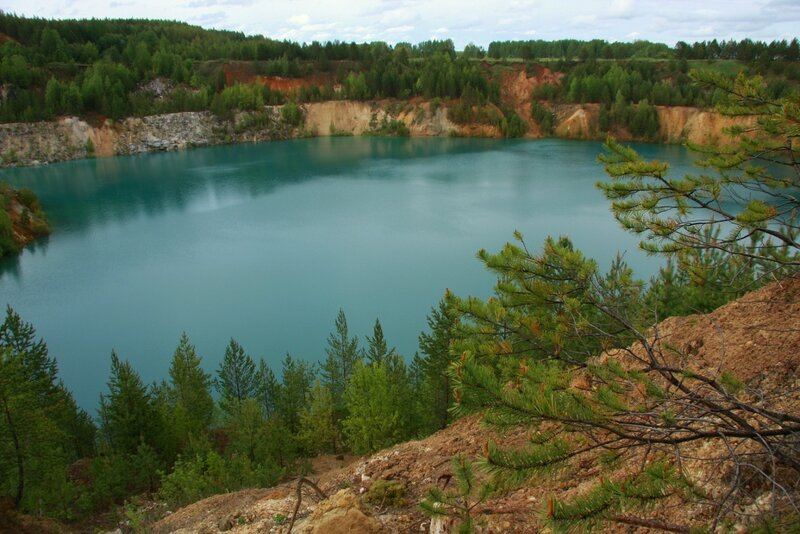 Тайны голубого озера...