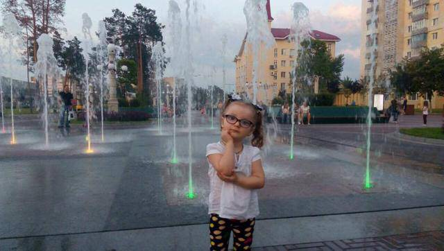 Четырехлетней дочери ветерана АТО Андрея Коваля - Кире нужна помощь для установки дорогостоящего импланта