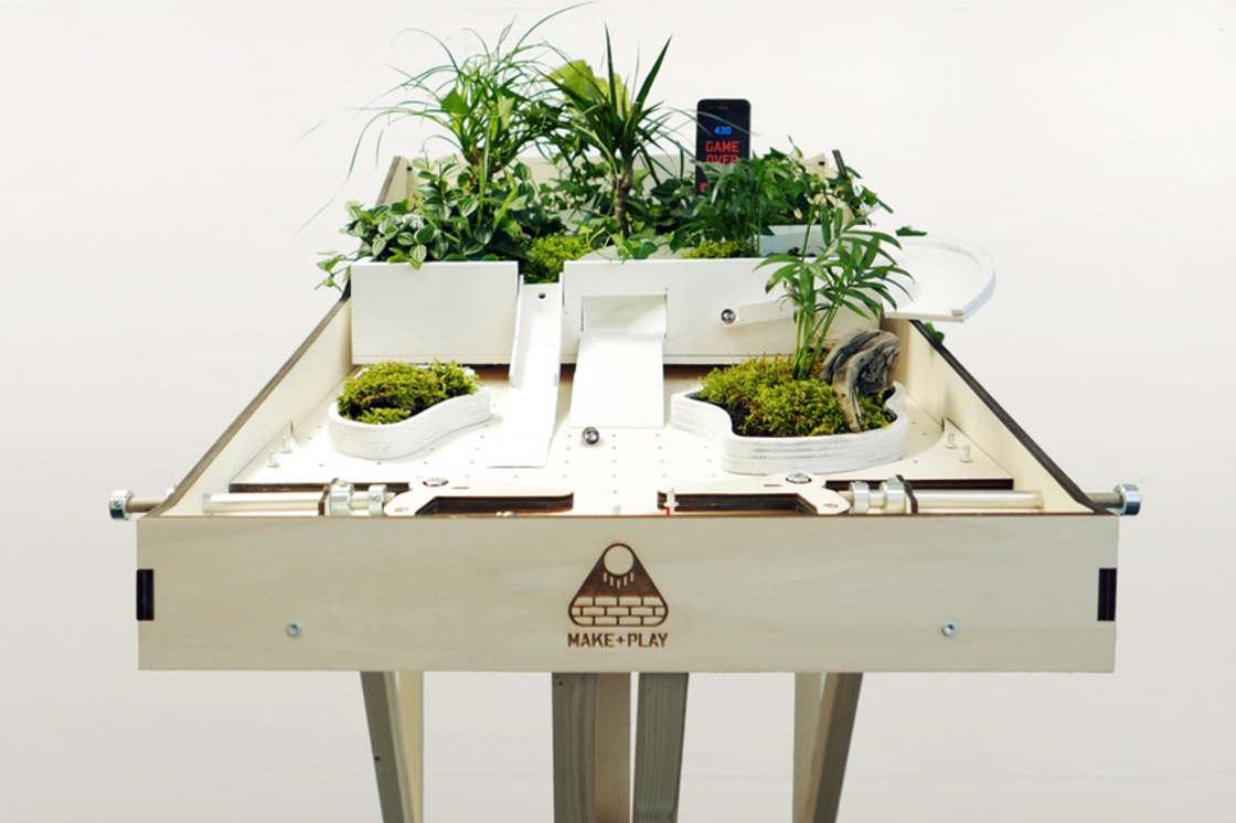 Makerball – The DIY wood pinball machine to express your creativity! (14 pics)