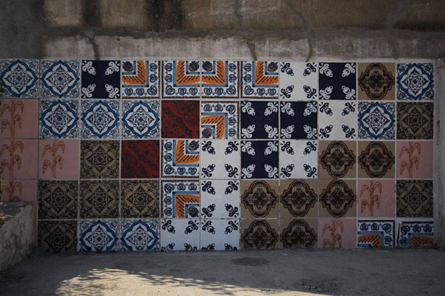 Stencil Street Artworks that Look Like Tiling