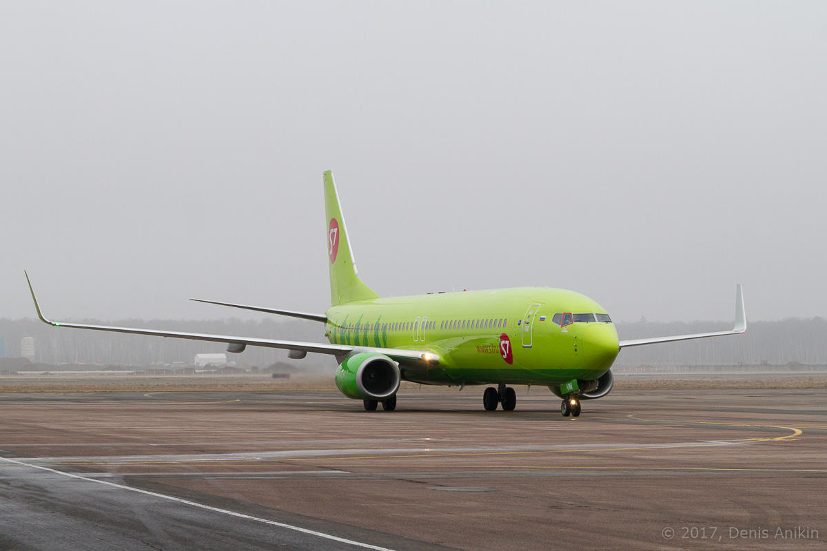 самолёт Boeing 737-86J(WL) VP-BUG Сибирь S7