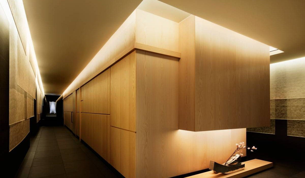 Установка светодиодных лент в закарнизном освещении