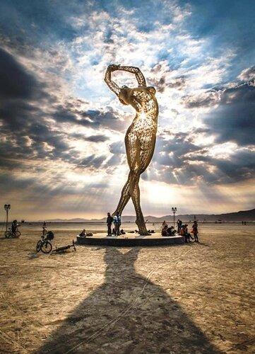 Из собрания оригинальных статуй и скульптур со всего мира