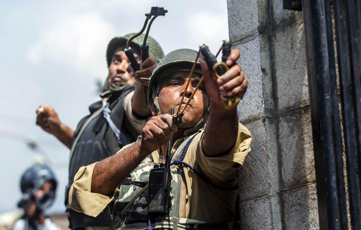 Из рогаток пли!: Индийский спецназ на боевой позиции
