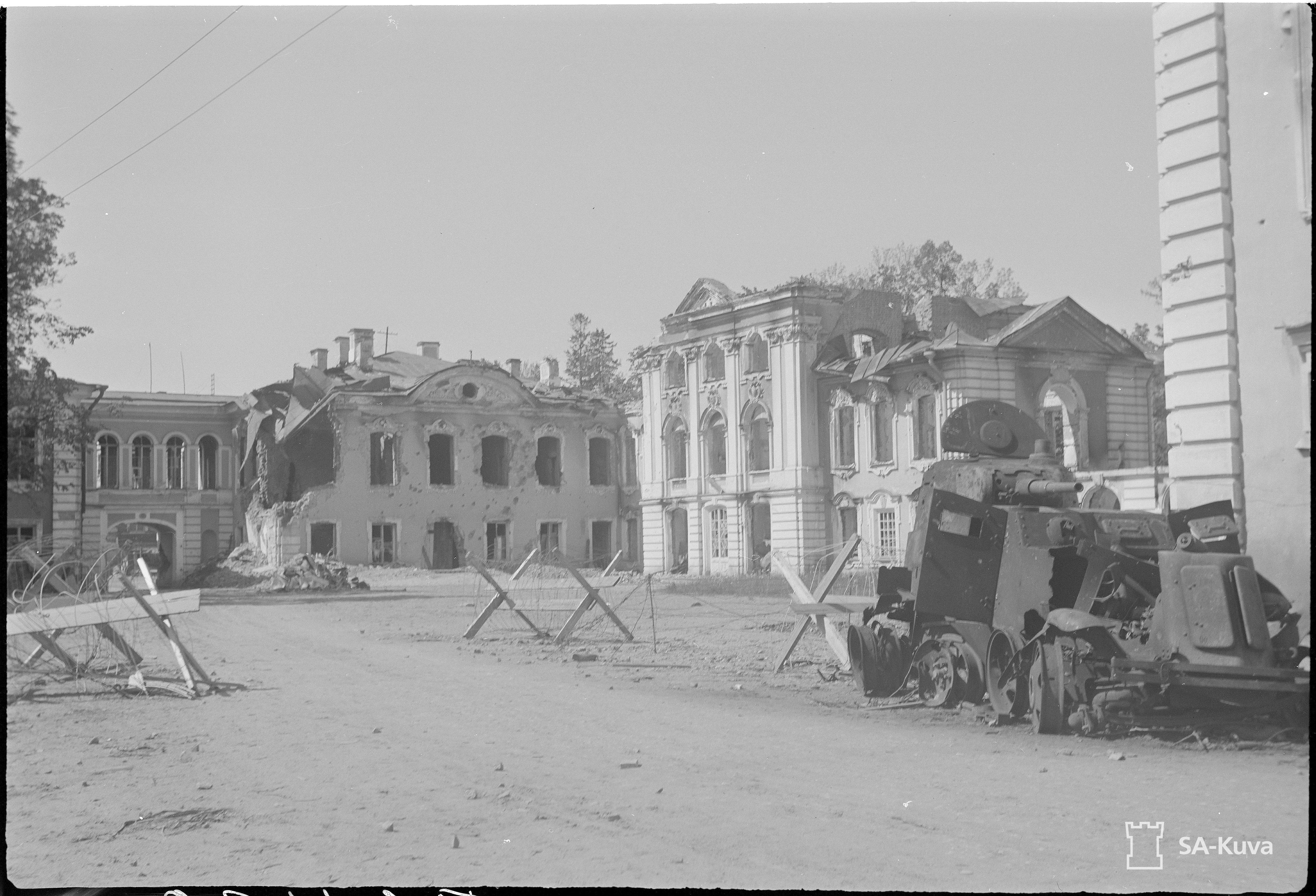 1942. Большой Петергофский дворец