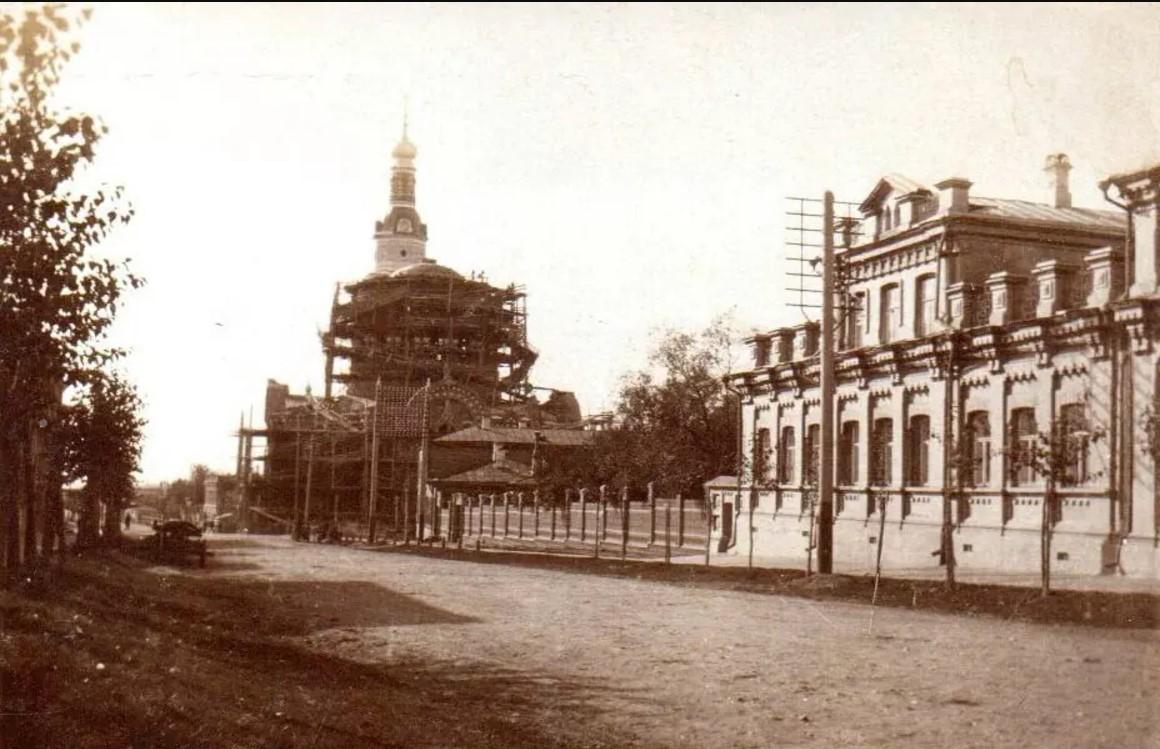 Строительство нового Спасо-Вознесенского собора. 1903