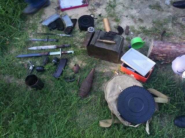Оружие и боеприпасы из района проведения АТО изъяты на Волыни, - СБУ. ФОТОрепортаж