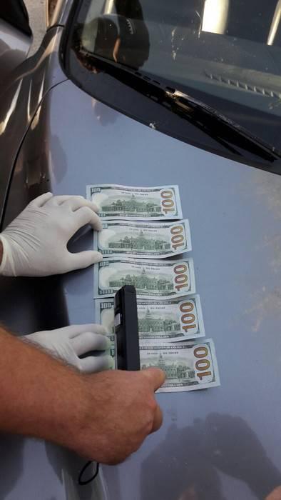 Инспектор полиции задержан в Херсоне на взятке в 550 долларов. ФОТО