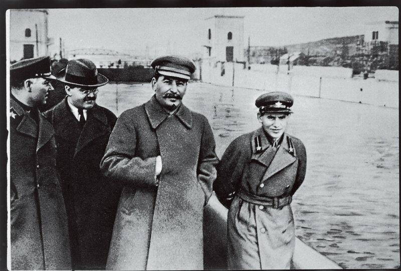 Картинки по запросу Сталинские чистки в НКВД