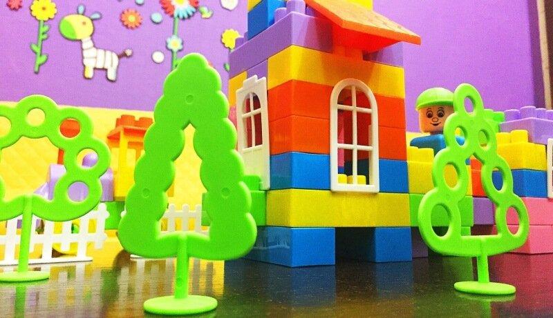 Почему дети любят яркие цвета. Дальтонизм?