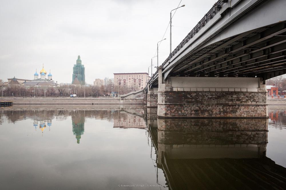 Стандартное ранее московское апрельское утро