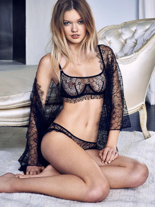 Maggie Laine Nude Photos 29