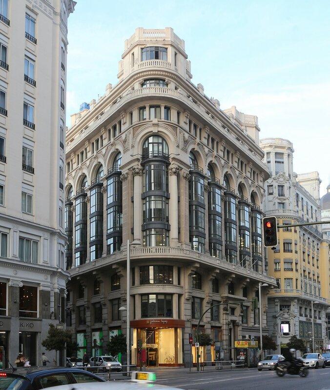 Утренний Мадрид. Гран-Виа. Торговый дом Матесанса (Casa Matesanz)