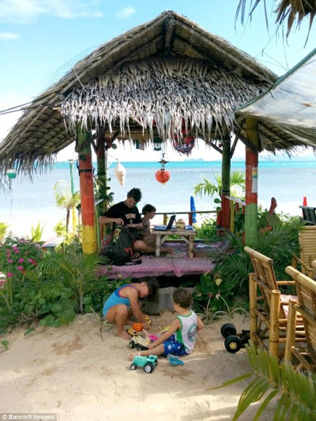На пляже на острове Самуи, Таиланд.