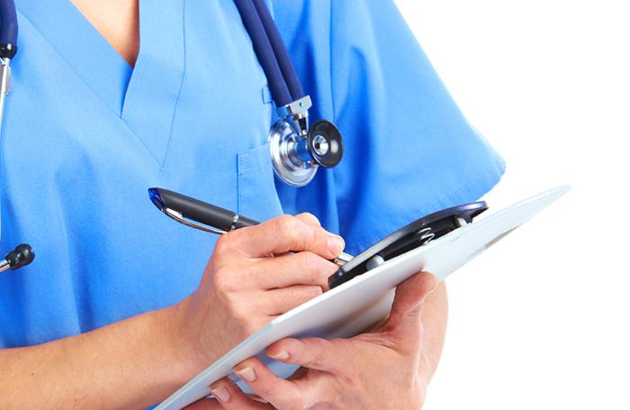 Богатые люди посещают врача разве что для самых разнообразных оздоровительных процедур. Бедные л