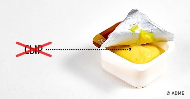 Если соус называется сырным, это вовсе незначит, что вего составе содержится сыр. Восновном все с