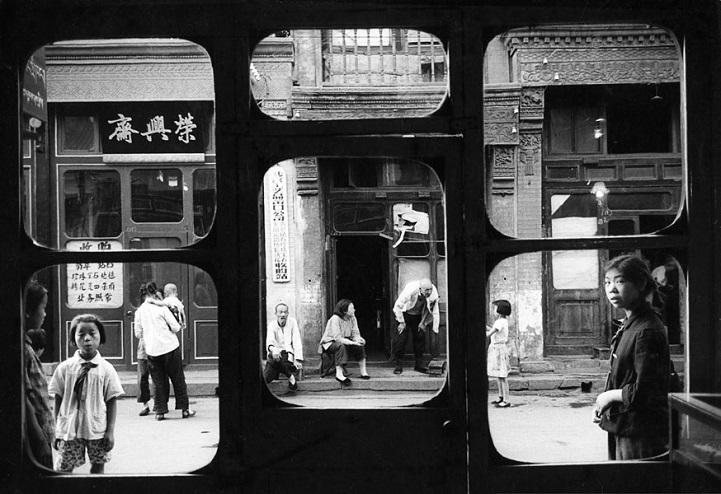 Пекин, 1965 год. Окна выходят на улицу Люличан, на которой располагались магазины антиквариата. Имен
