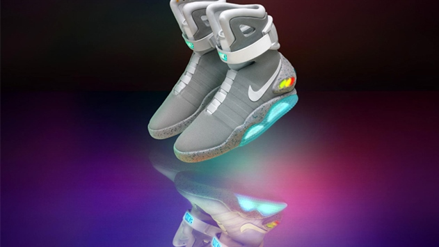 Nike выпустила 89 пар самошнурующихся кроссовок как изфильма «Назад вбудущее»