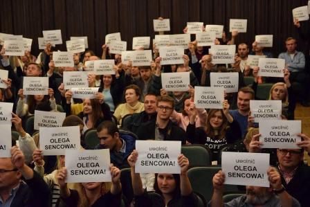 Лутковская попросила омбудсменаРФ посодействовать вернуть Сенцова