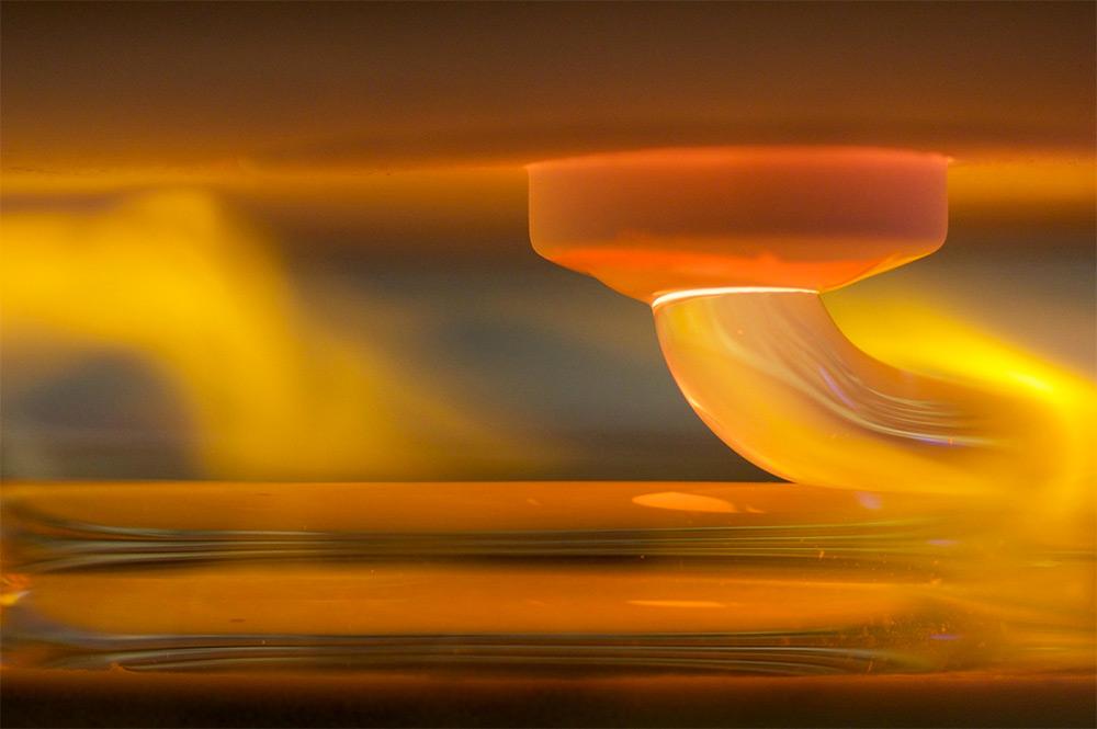 Glass 3D printing process. Photo: Steven Keating