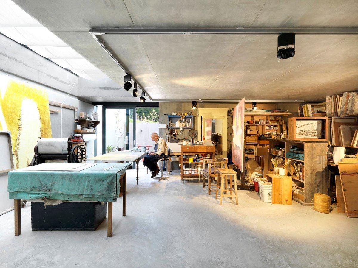 Мастерская плотника в частном доме