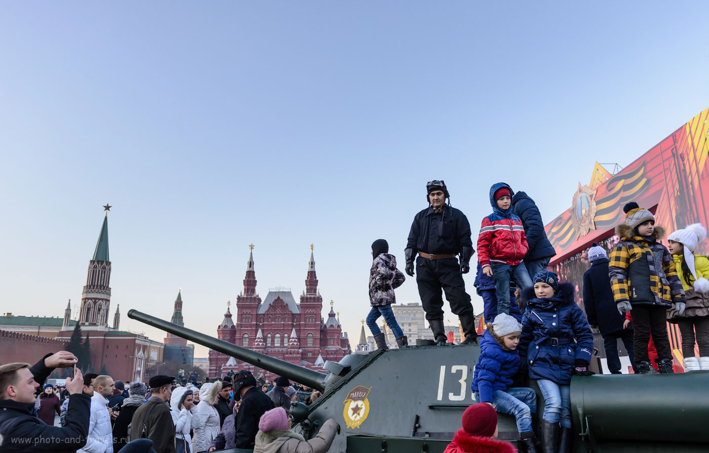 29. На Красной площади вечером 7 ноября 2015 года. 1/1000, 0.33, 4.5, 640, 28.