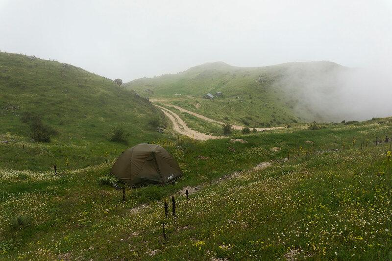 Ночевка в палатке на горе Митсикели (Mitsikeli), Загория, Греция