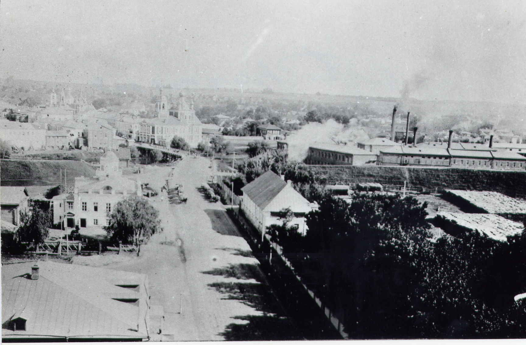 Вид на городской центр с колокольни Владимирского собора