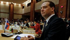 Медведев: «Санкции вредят всей экономической системе»