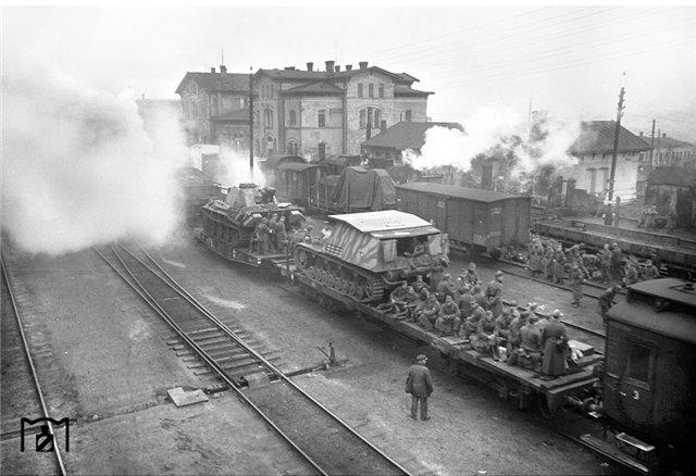 Эвакуация немецких из Кировограда, октябрь 1943 г..jpg